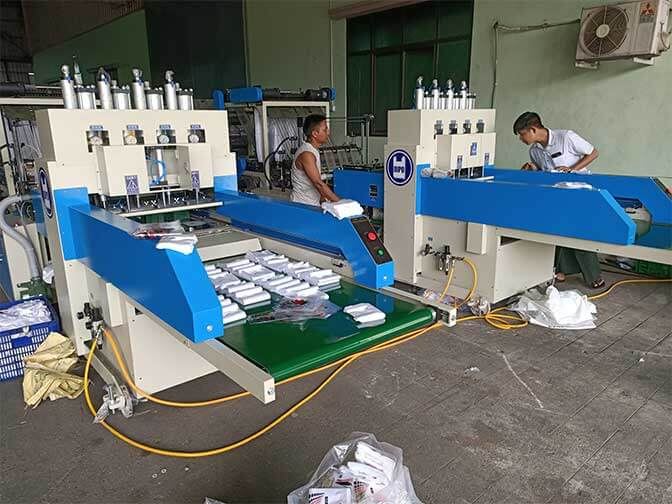 Plastic bag factories in developing countries are also moving towards fully automated plastic bag production