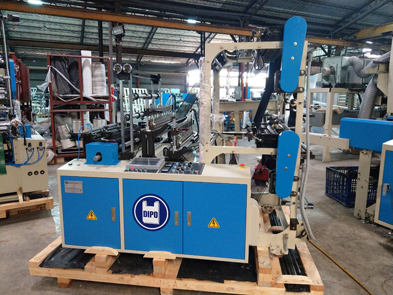 Thanks to Europe, Vietnam, India, Egypt, customers purchase DIPO plastic machinery continually.