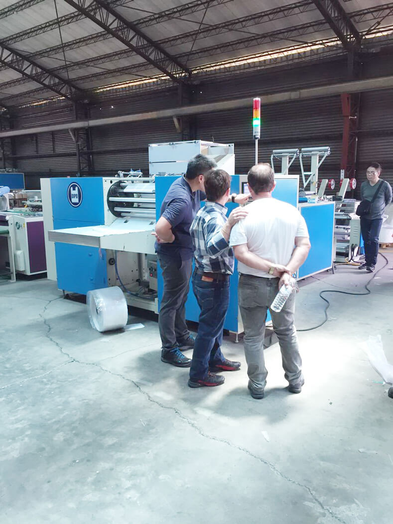 Argentina customers come to visit DIPO