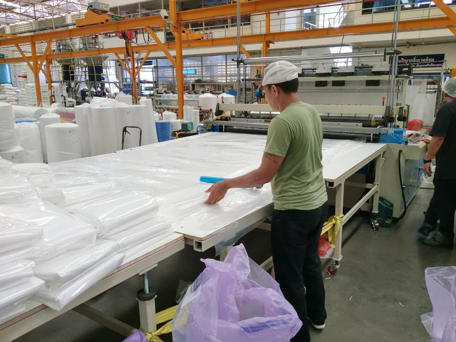 Our Thailand customer ordered a Extra Long Flat Bag Making Machine in order to satisfy the demand to produce bed bags.